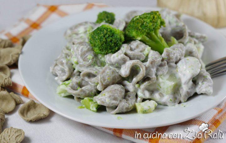 Orecchiette broccoli e robiola