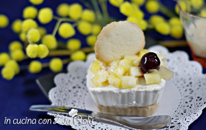 Mini cheesecake mimosa e lingue di gatto