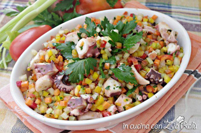 insalata polpo e verdure estiva