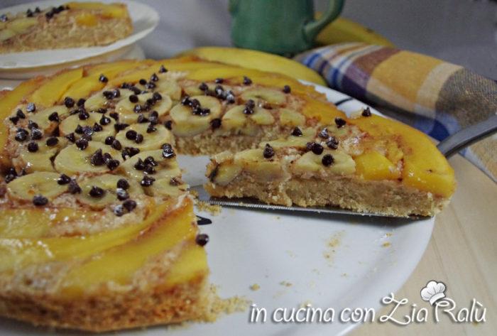 Torta rovesciata banana mango e cannella