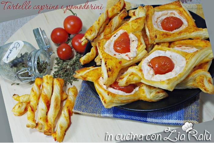 Tartine caprino e pomodorini
