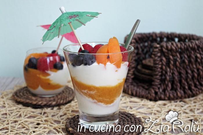 Bicchierini yogurt greco albicocche