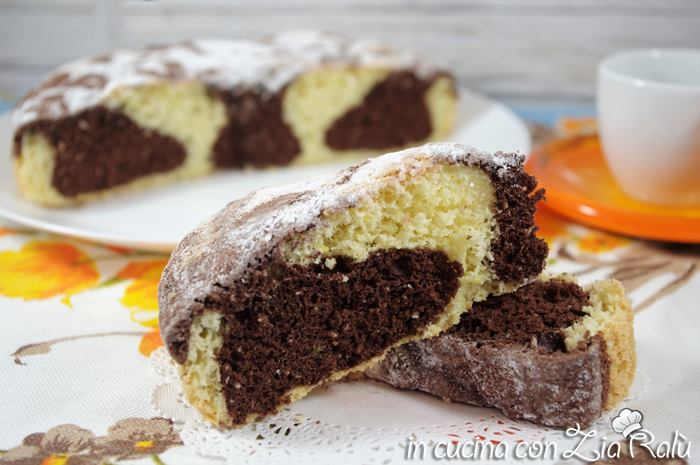 Torta bicolore cocco e cacao sofficissima