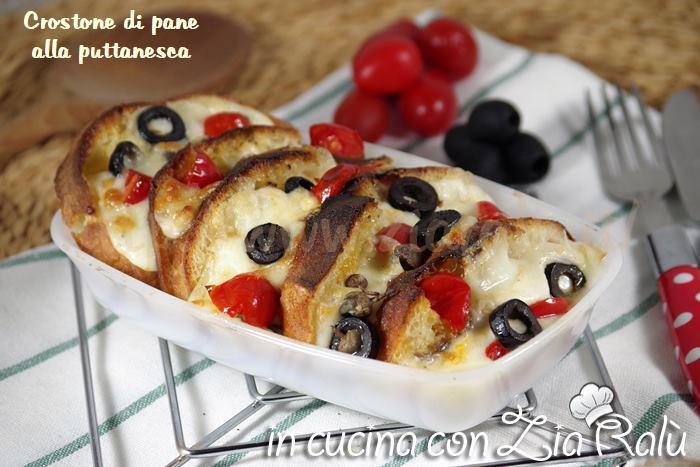 crostoni pane e mozzarella alla puttanesca