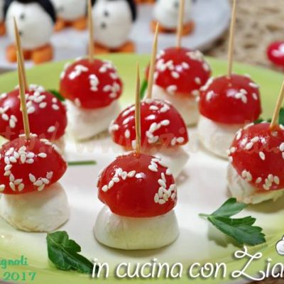 funghetti pomodori e mozzarella