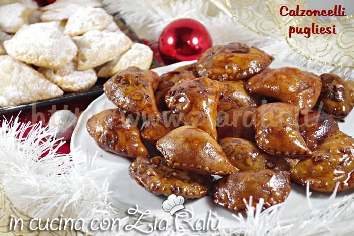 Calzoncelli pugliesi – fritti al vincotto con mandorle