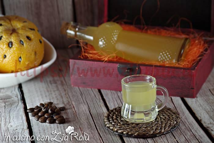 liquore arancia e caffè