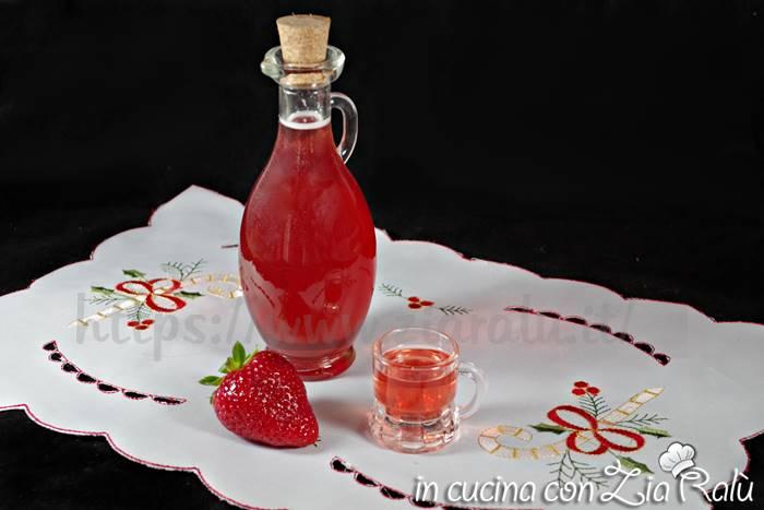 Liquore alle fragole – ricetta facile