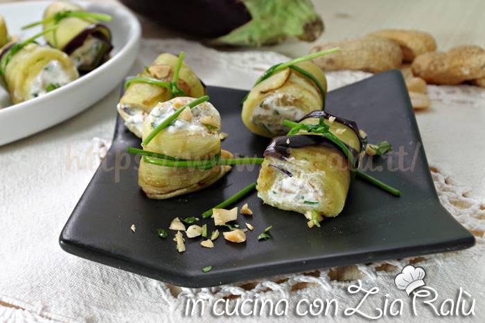 Involtini di melanzane – antipasto finger food