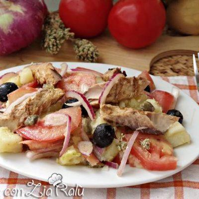 insalata pantesca con sgombro grigliato