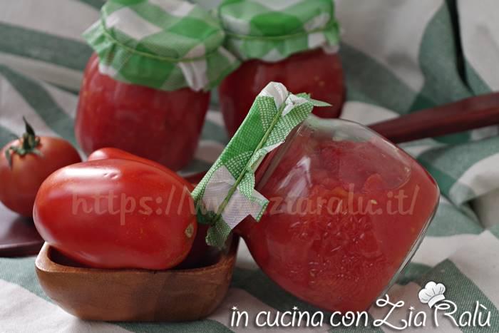 Pomodori pelati – conserve fatte in casa