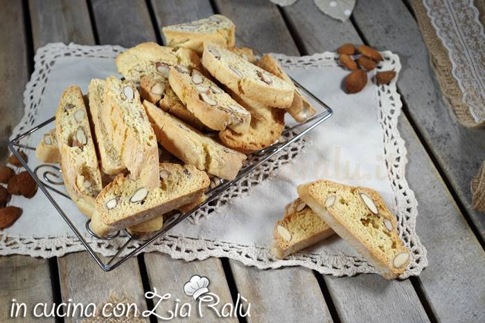 Cantucci toscani ricetta originale