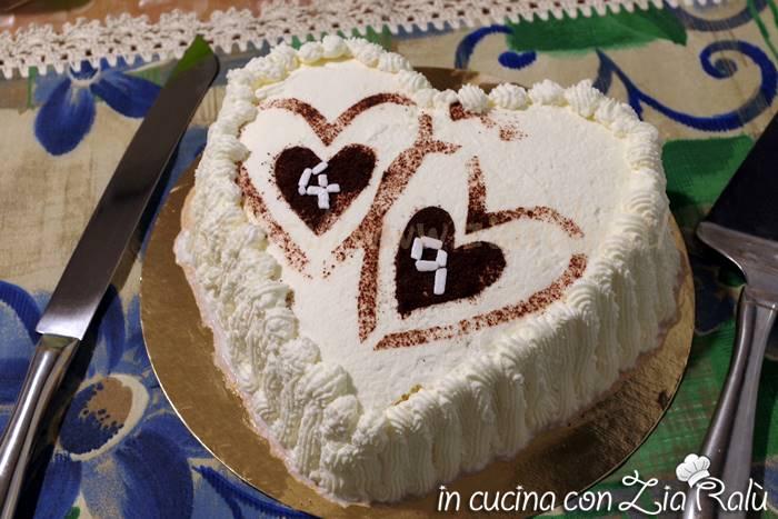 come fare una torta a cuore senza stampo