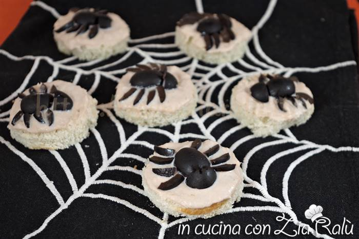 Tartine ragno light – Antipasto per Halloween