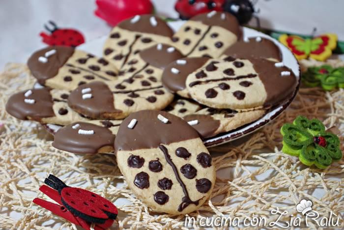Biscotti coccinella senza burro