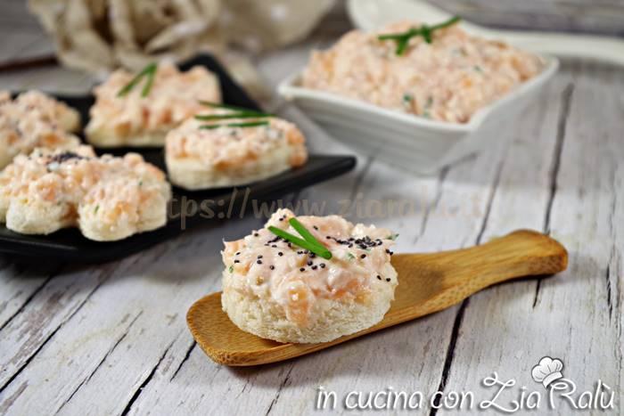 Tartine al salmone – antipasto light