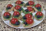 tartine coccinella ai pomodori secchi