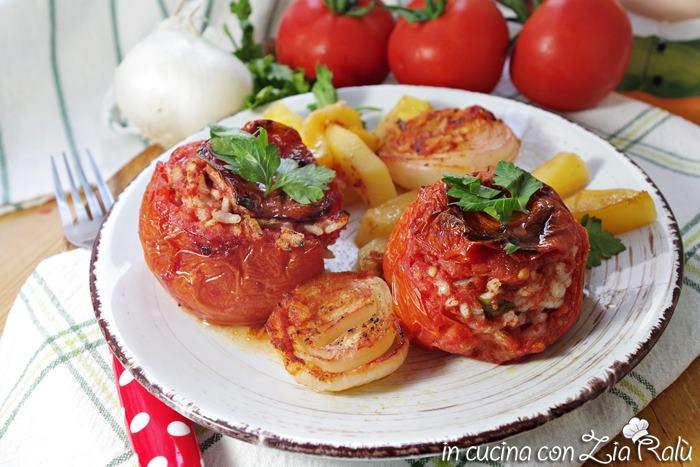 Pomodori ripieni di riso alla romana