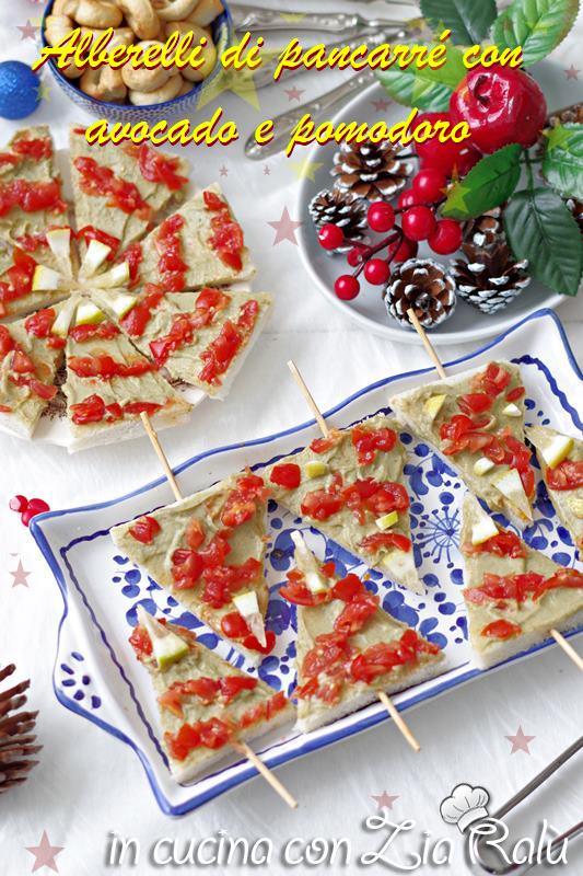 Alberelli di Natale - antipasto natalizio avocado e pomodorini, tartine di alberelli
