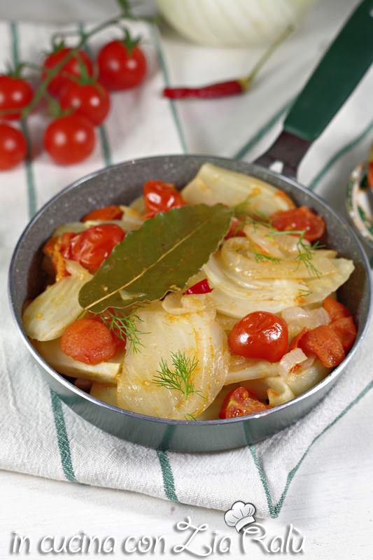 finocchi in padella al pomodoro