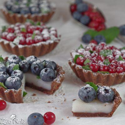 Crostatine dolci senza uova alla frutta