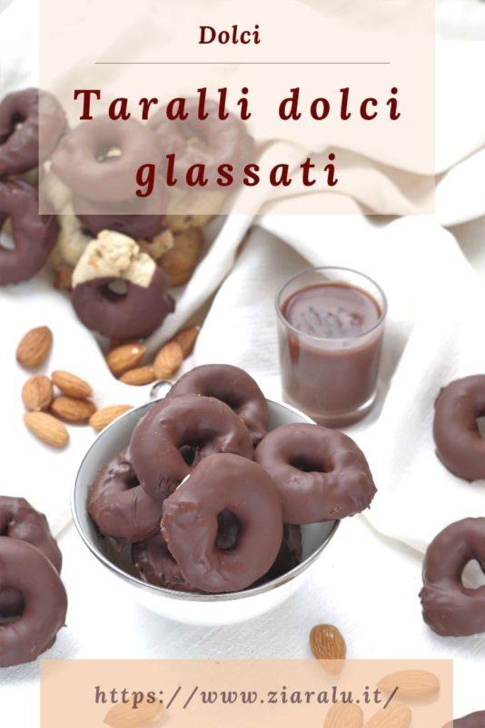 taralli dolci glassati al cioccolato fondete