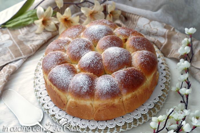Danubio dolce di pan brioche senza lattosio