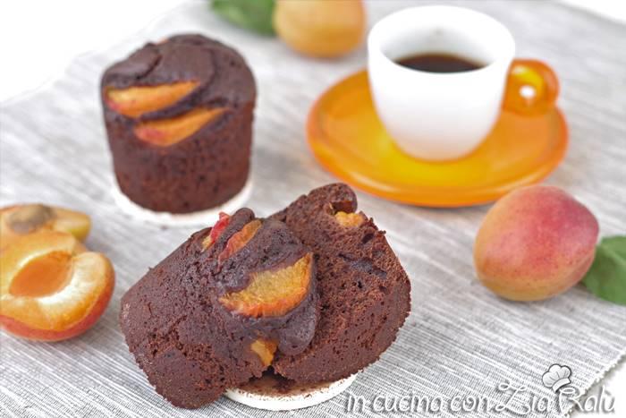 Muffins cacao e albicocche all'olio