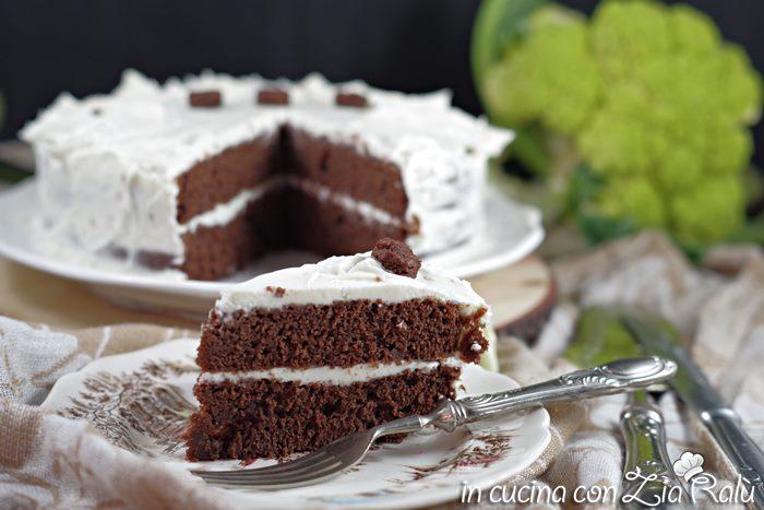 Torta dolce cioccolato e cavolfiore
