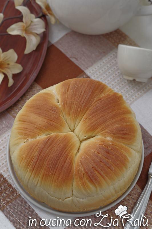 brioche gomitolo di lana o wool roll bread