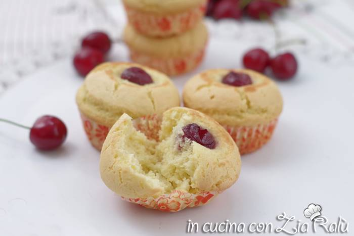 Muffin senza glutine alle ciliegie