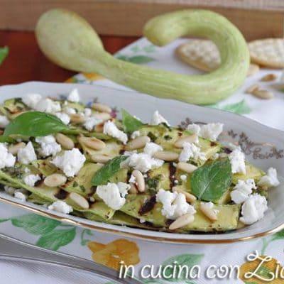 zucchine grigliate feta e pinoli