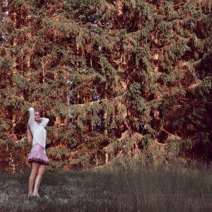 Sensommardans på skogsäng & funderingar
