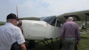 2016-06-25: OY-DYZ ankommer til Nyvang
