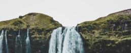 Een hoogwaardig, ecologisch, natuurlijk, duurzaam filtratiesysteem dat uw water filtert als fris bronwater uit de bergen.