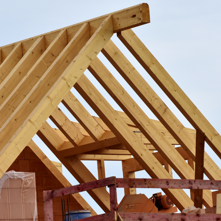 dakwerker hellend dak constructie