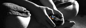 Gameverslaafde jongens gamen 29 uur per week