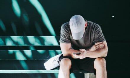 Jongeren eenzamer door 'perfecte plaatje' op social media