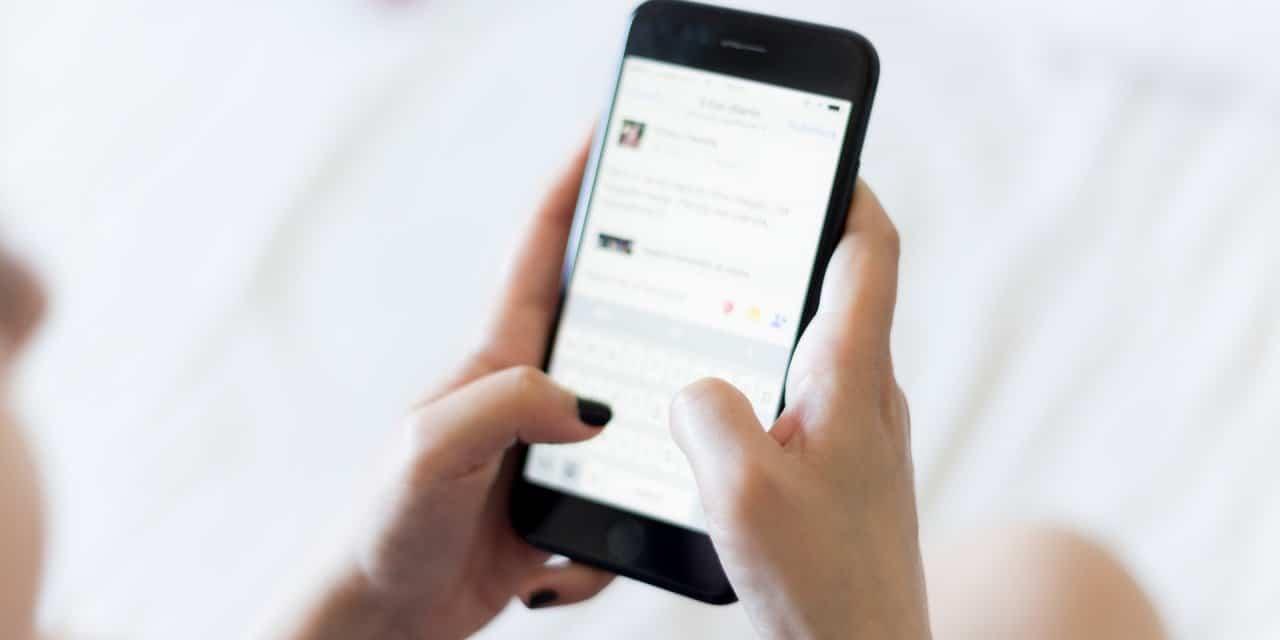 Sexting: Zij is een hoer en hij is stoer