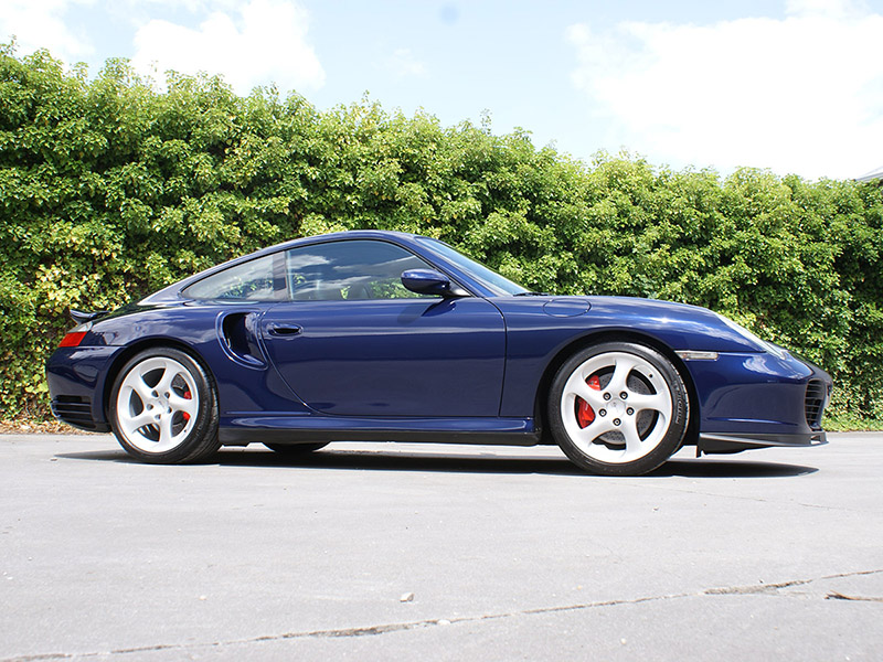 Porsche 996 Turbo 2001 Lapis blue