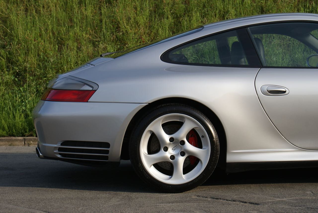 911 youngtimer Porsche 996 Carrera 4S Arctic Silver 2002 - 1 van 15
