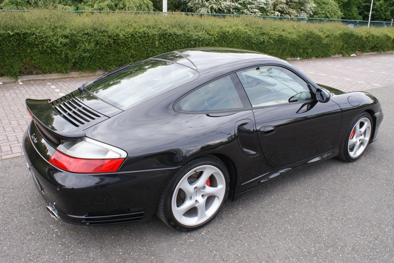 http://911youngtimer.be/wp-content/uploads/2016/05/911-youngtimer-Porsche-996-turbo-WLS-X50-Basalt-black-black-natural-leather-5-van-15.jpg