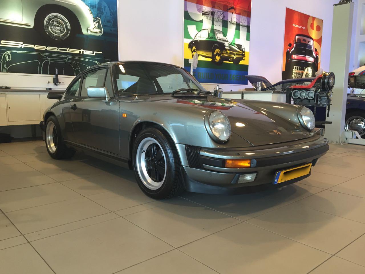 911 youngtimer - Porsche 911 Carrera G50 - 1987 - Felsengruen 1