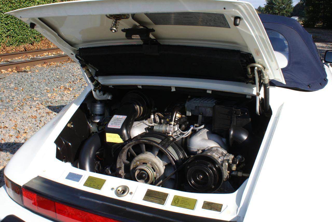 911-youngtimer-911-Speedster-1989-Grand-Prix-white-20-of-20.jpg
