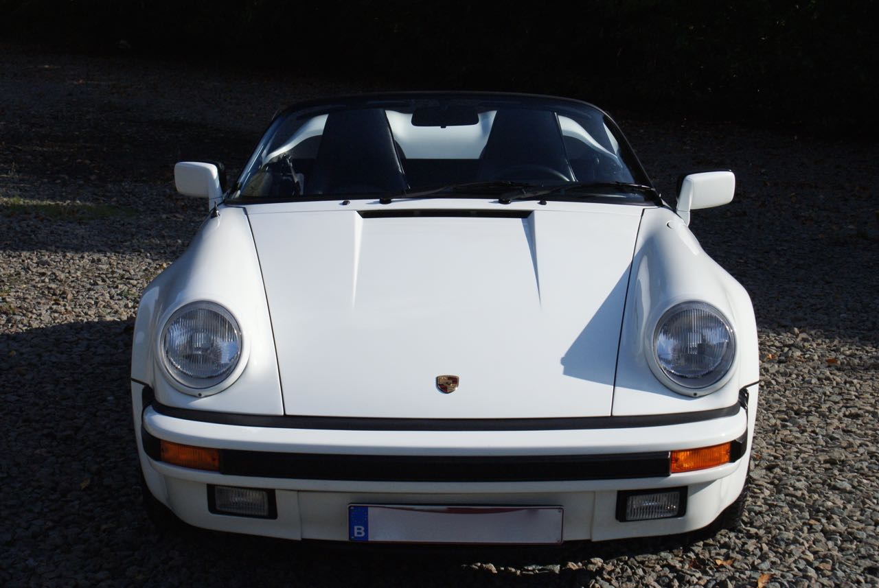 911-youngtimer-911-Speedster-1989-Grand-Prix-white-3-of-20