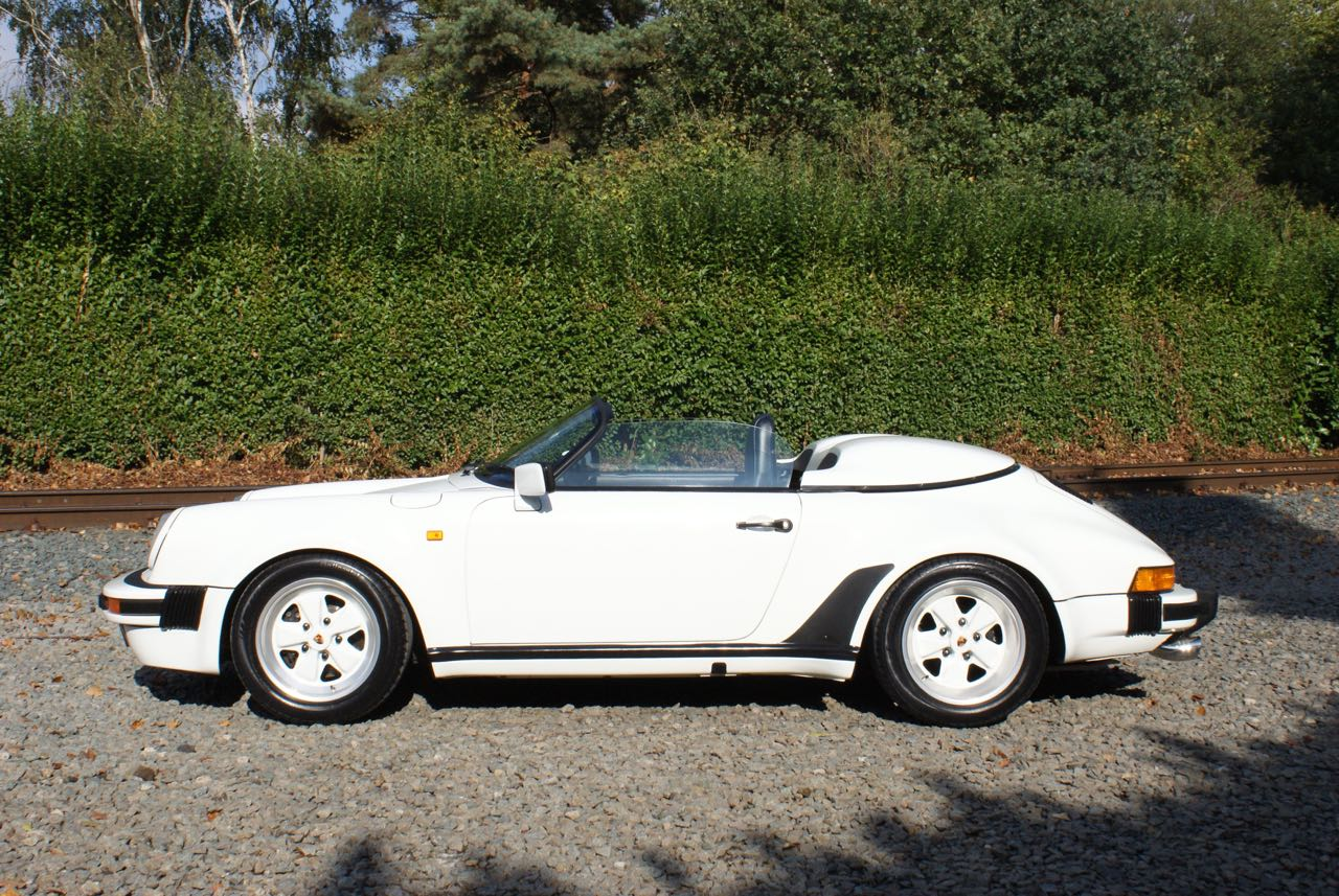 911-youngtimer-911-Speedster-1989-Grand-Prix-white-7-of-20