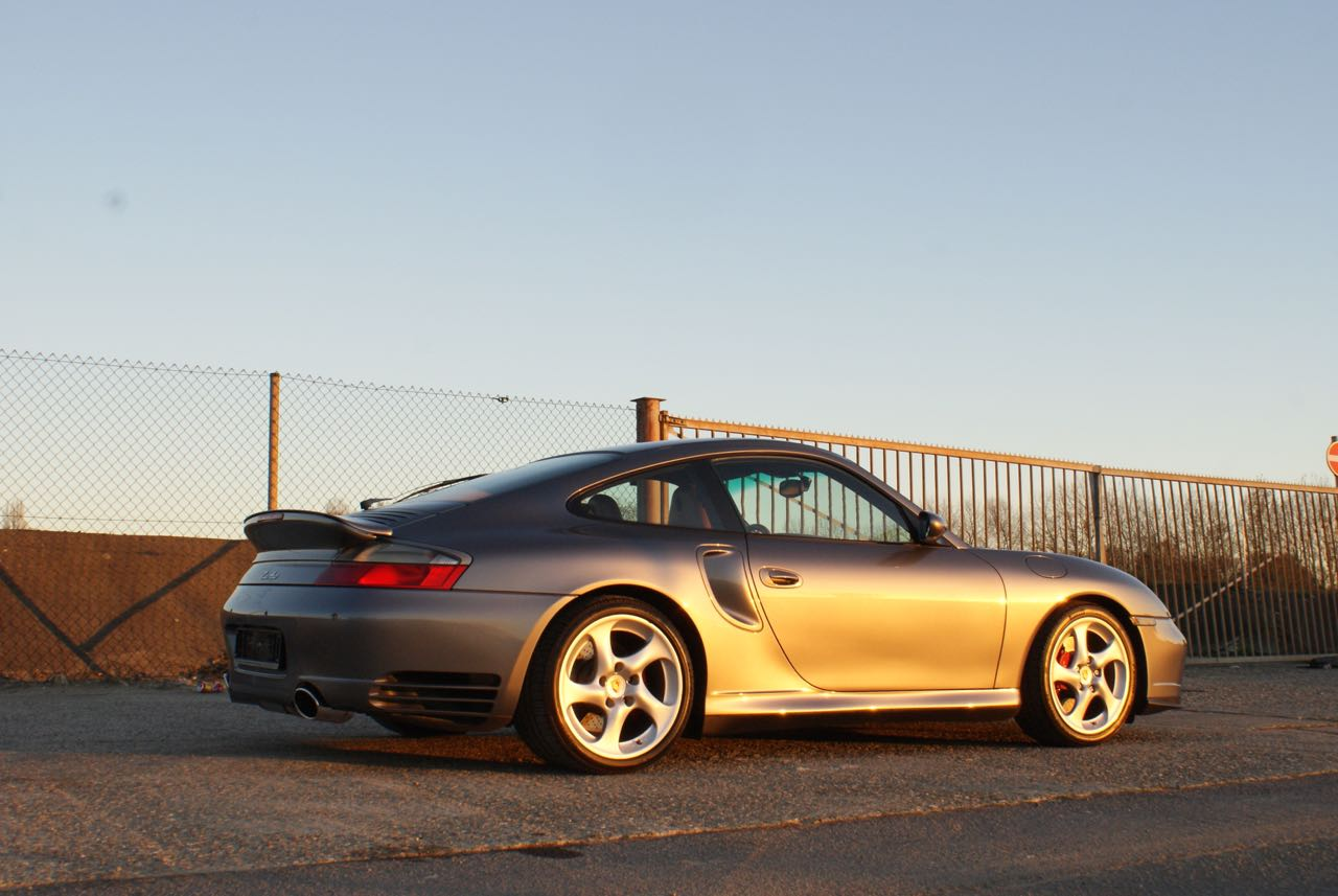 911-youngtimer-porsche-996-turbo-x50-wls-seal-grey-2003-11-of-15