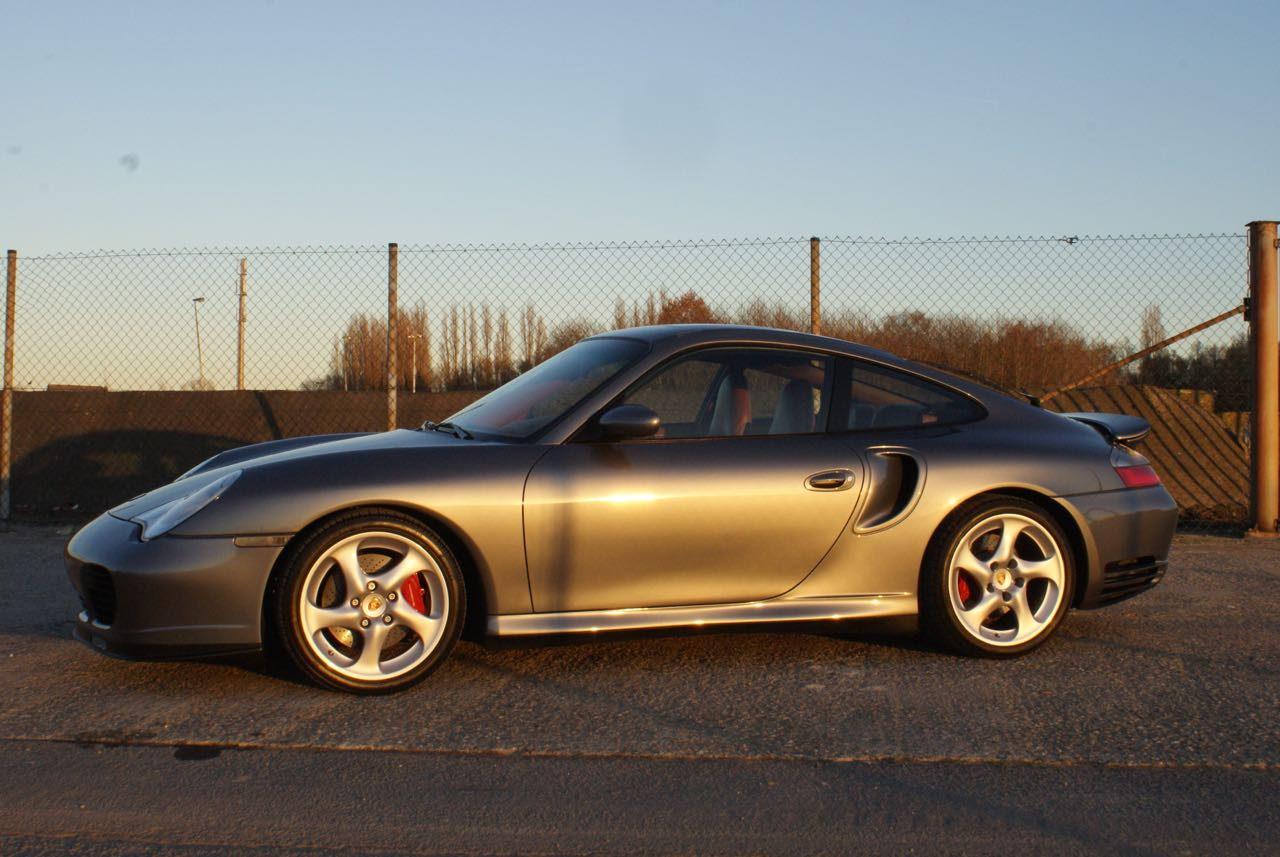 911-youngtimer-porsche-996-turbo-x50-wls-seal-grey-2003-3-of-15