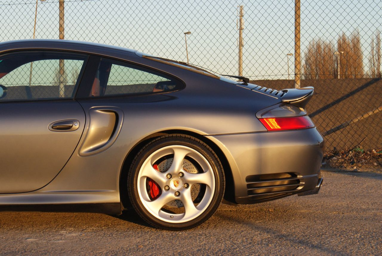 911-youngtimer-porsche-996-turbo-x50-wls-seal-grey-2003-6-of-15