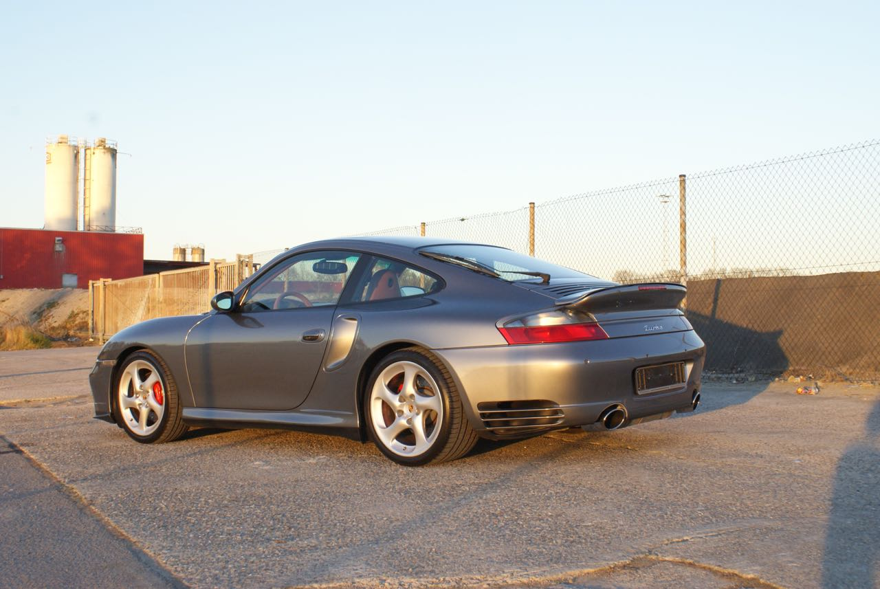 911-youngtimer-porsche-996-turbo-x50-wls-seal-grey-2003-7-of-15